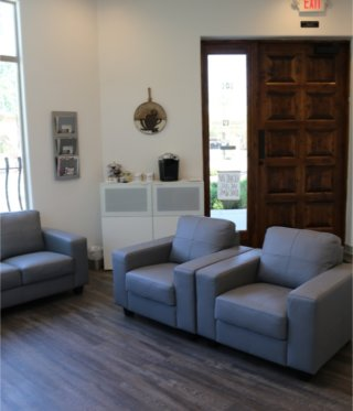 Audiologist Surprise AZ Coffee station view of Happy Ears modern lobby in Surprise Arizona